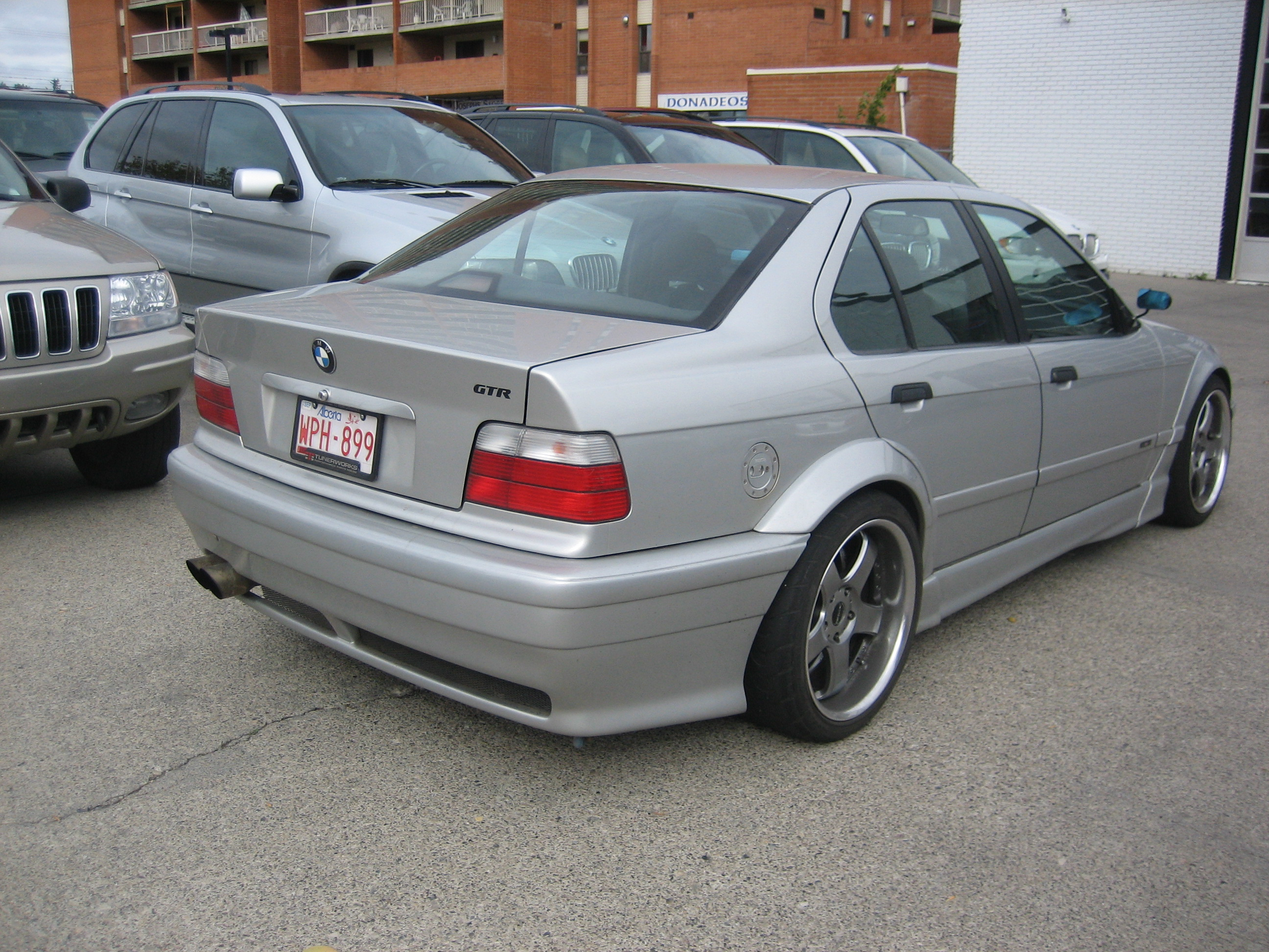 BMW 3 series 316 1992 photo - 4