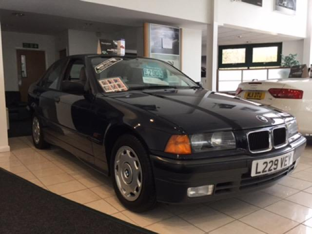 BMW 3 series 316g 1993 photo - 6