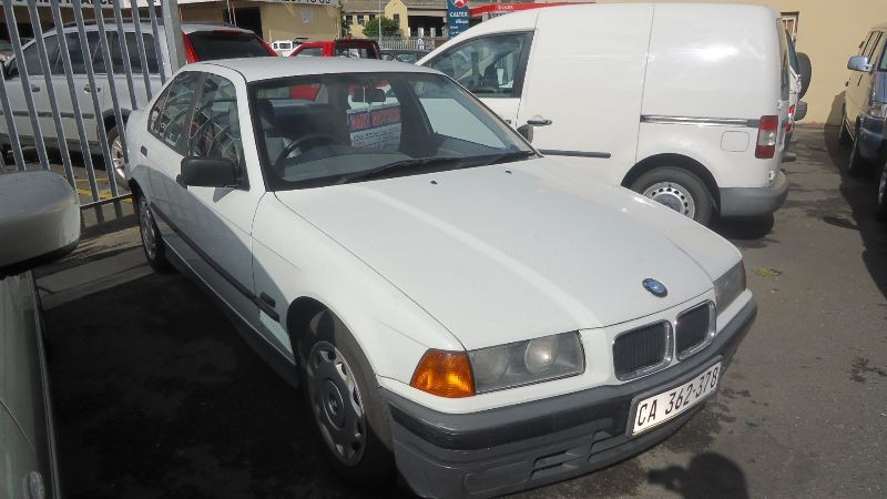BMW 3 series 316i 1992 photo - 8
