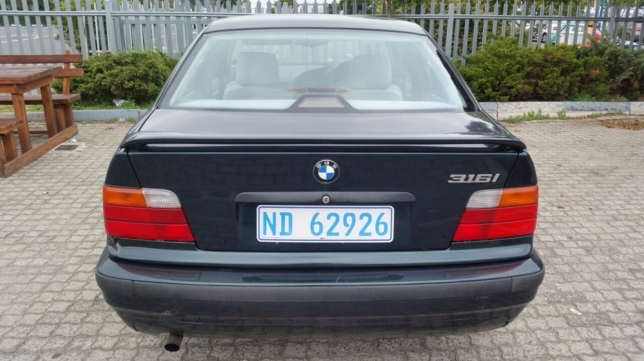 BMW 3 series 316i 1996 photo - 11