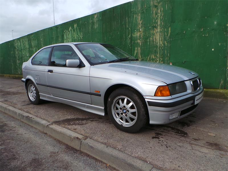 BMW 3 series 316i 1999 photo - 7