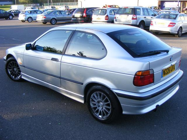 BMW 3 series 316i 2000 photo - 3