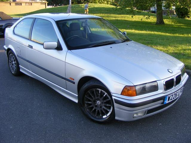 BMW 3 series 316i 2000 photo - 4