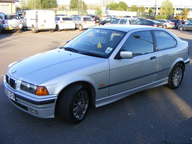 BMW 3 series 316i 2000 photo - 8
