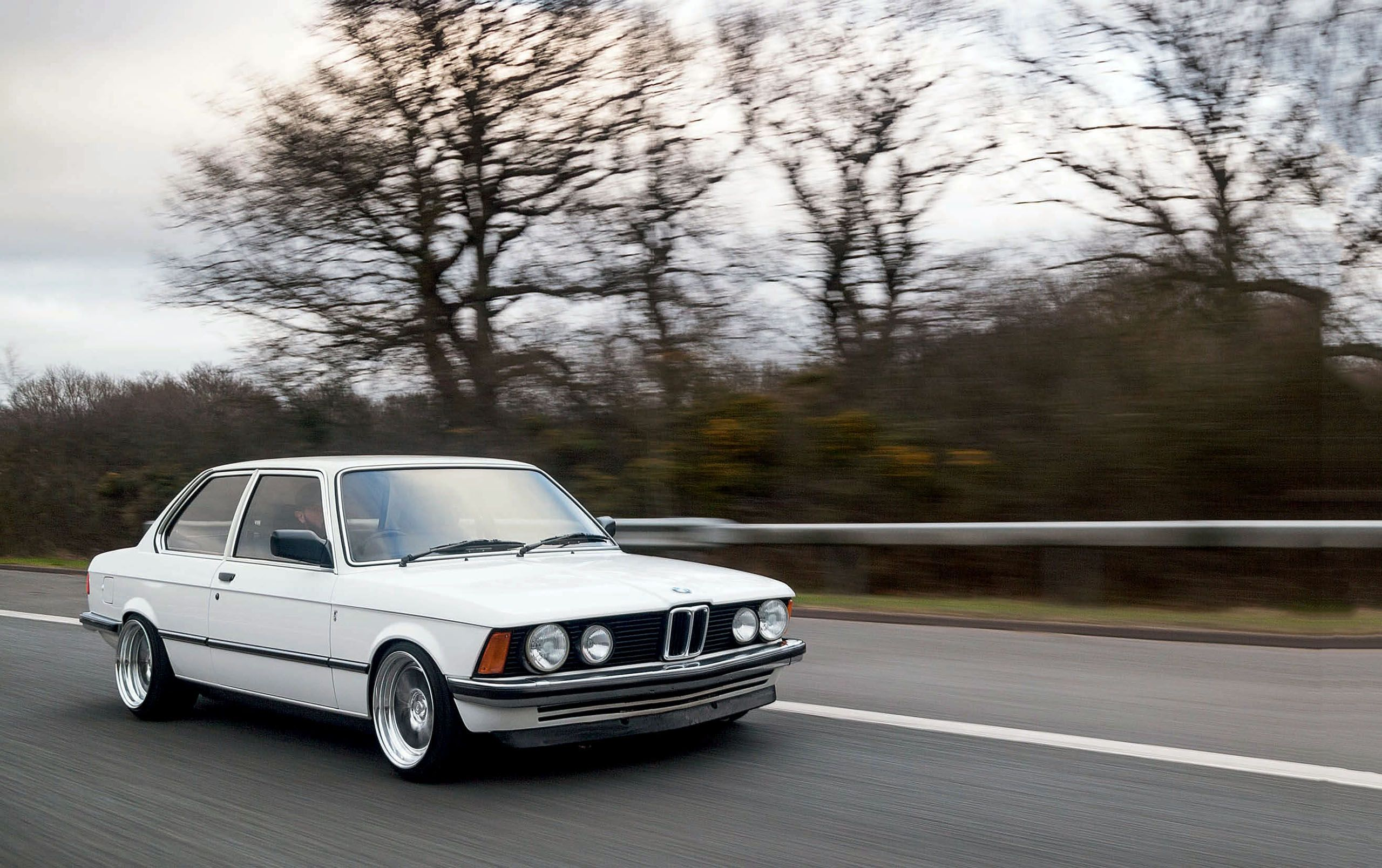 BMW 3 series 318 1983 photo - 1