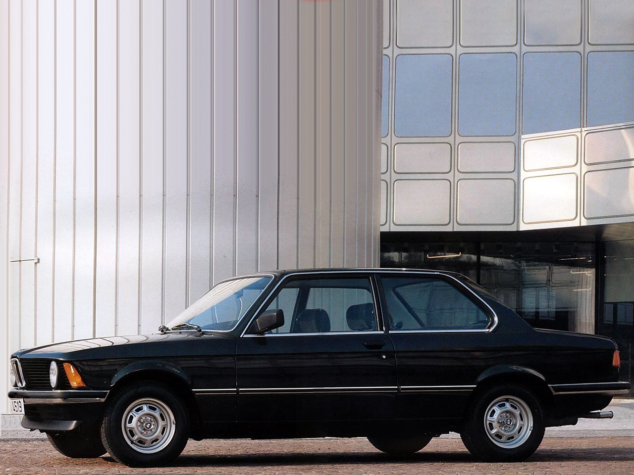 BMW 3 series 318 1983 photo - 2