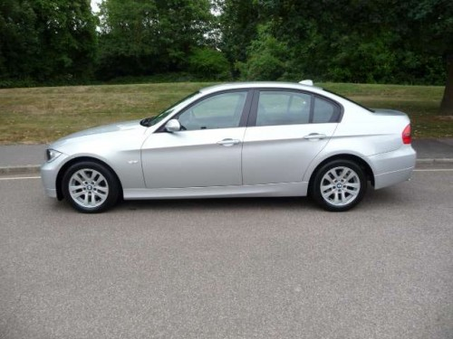 BMW 3 series 318d 2006 photo - 4