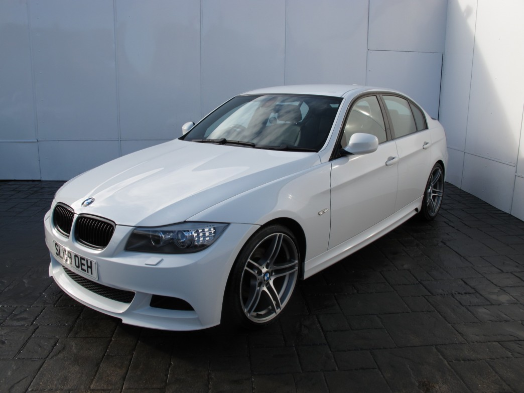 BMW 3 series 318d 2009 photo - 10