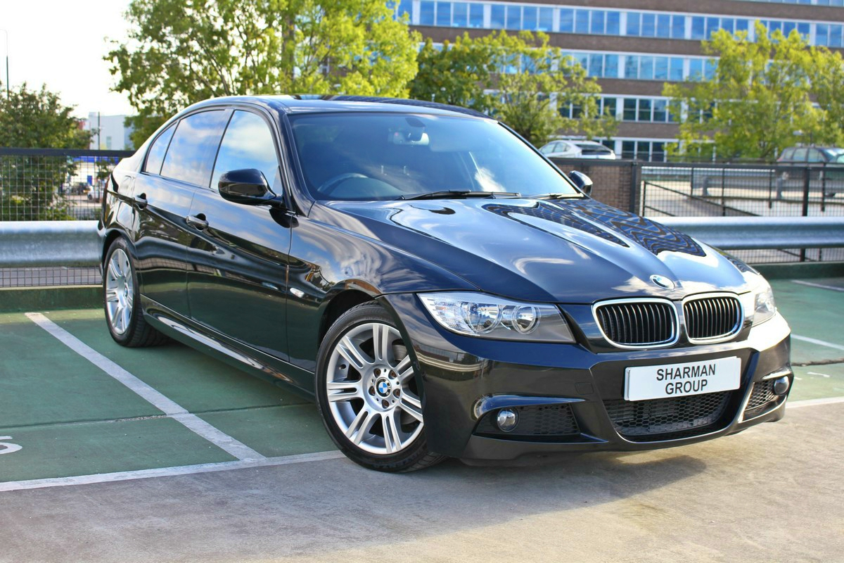 BMW 3 series 318d 2011 photo - 12