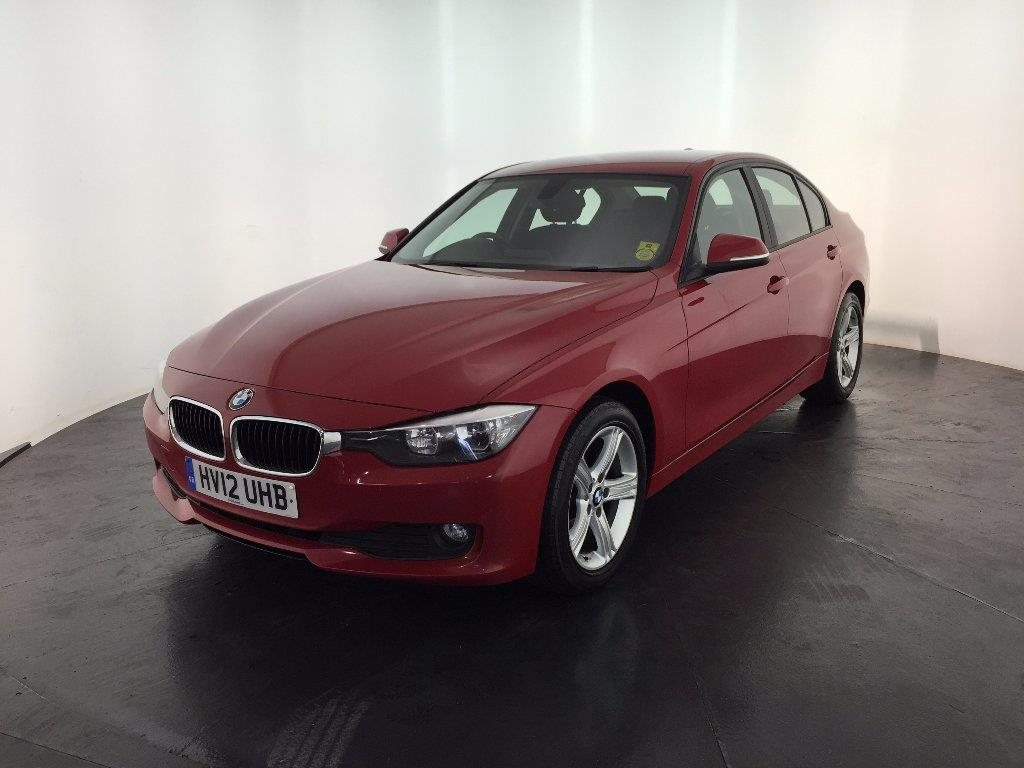 BMW 3 series 318d 2012 photo - 10