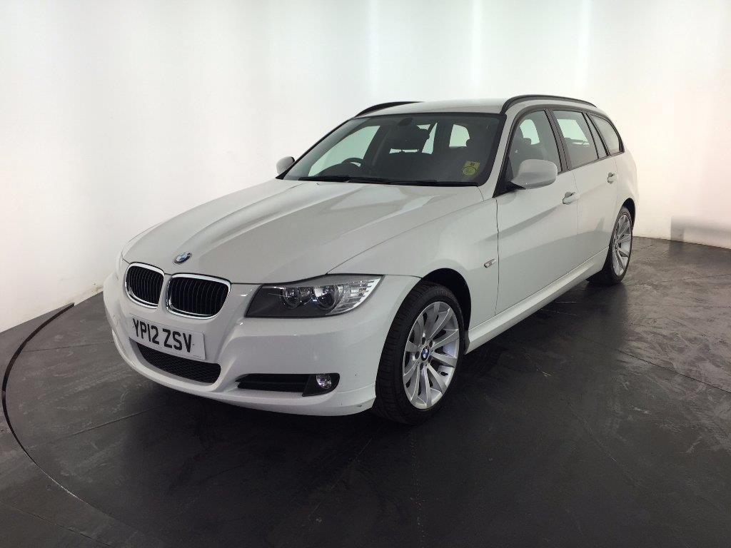 BMW 3 series 318d 2012 photo - 12