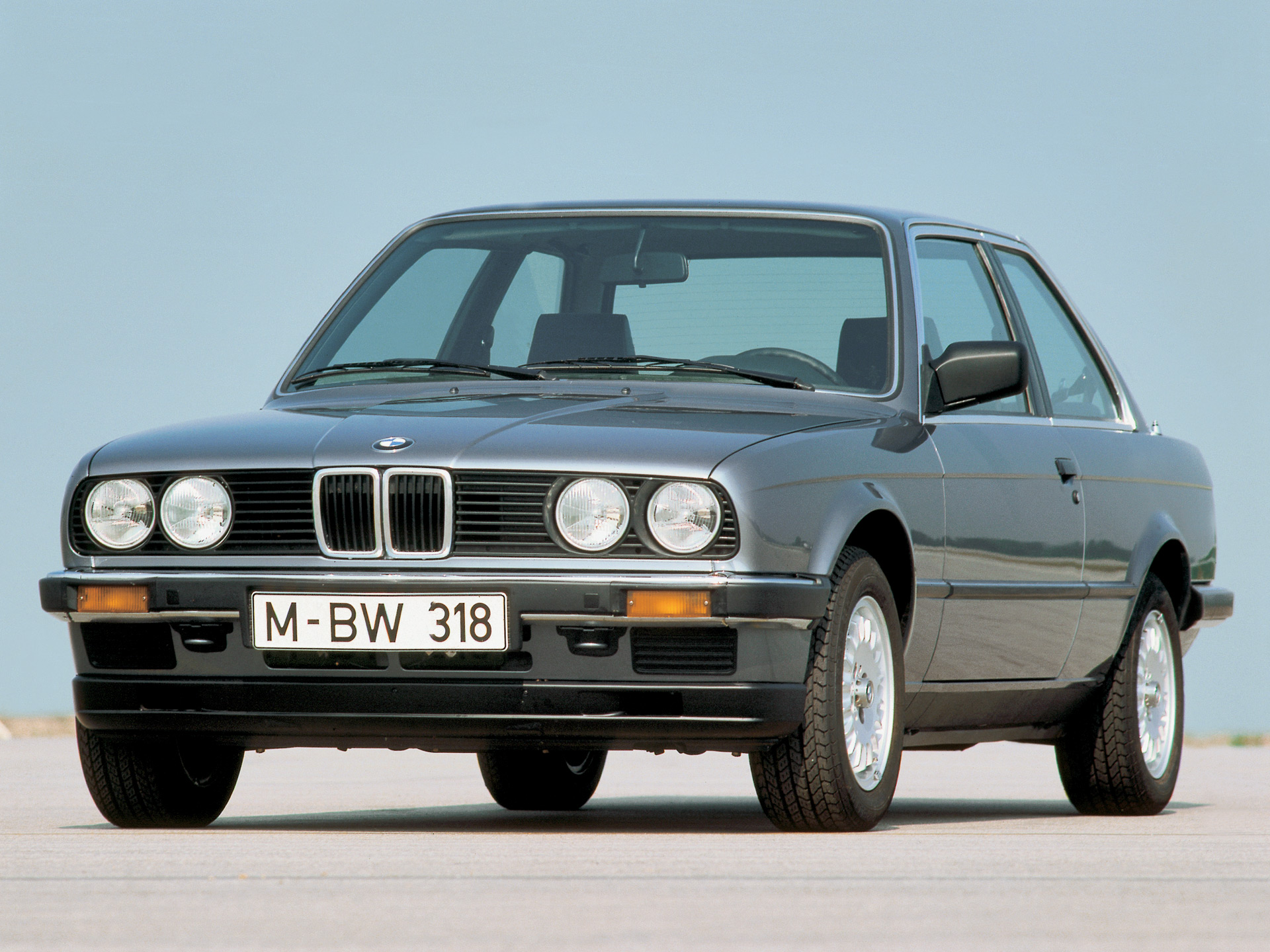 BMW 3 series 318i 1982 photo - 5