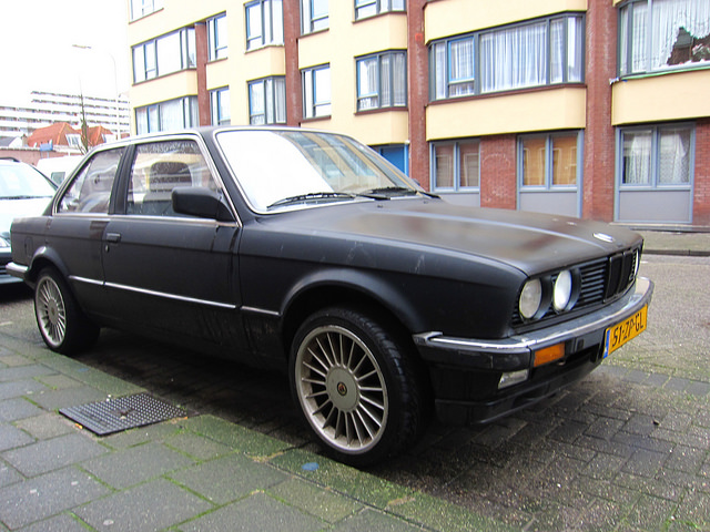 BMW 3 series 318i 1983 photo - 1