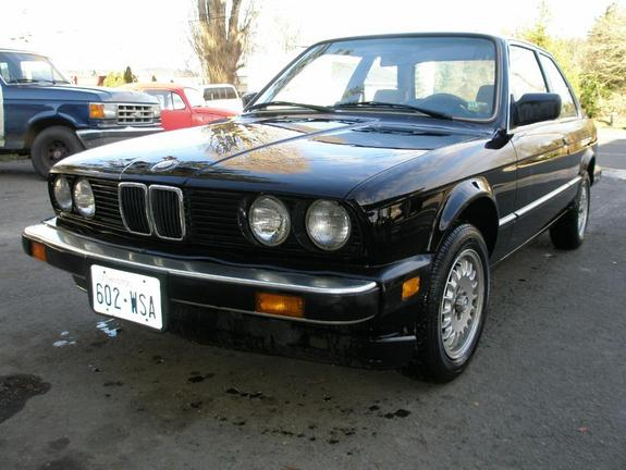 BMW 3 series 318i 1984 photo - 7