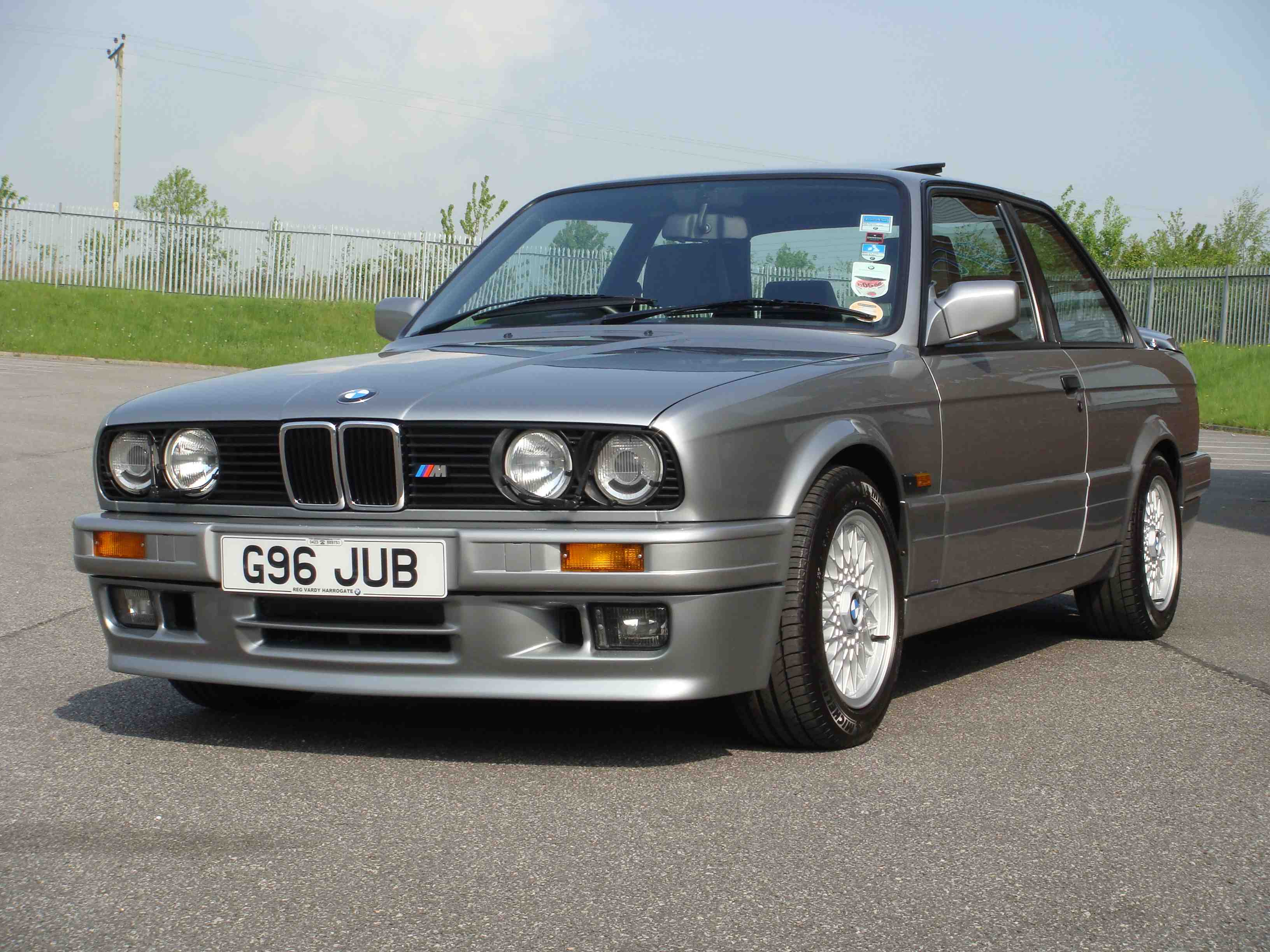 BMW 3 series 318i 1984 photo - 8
