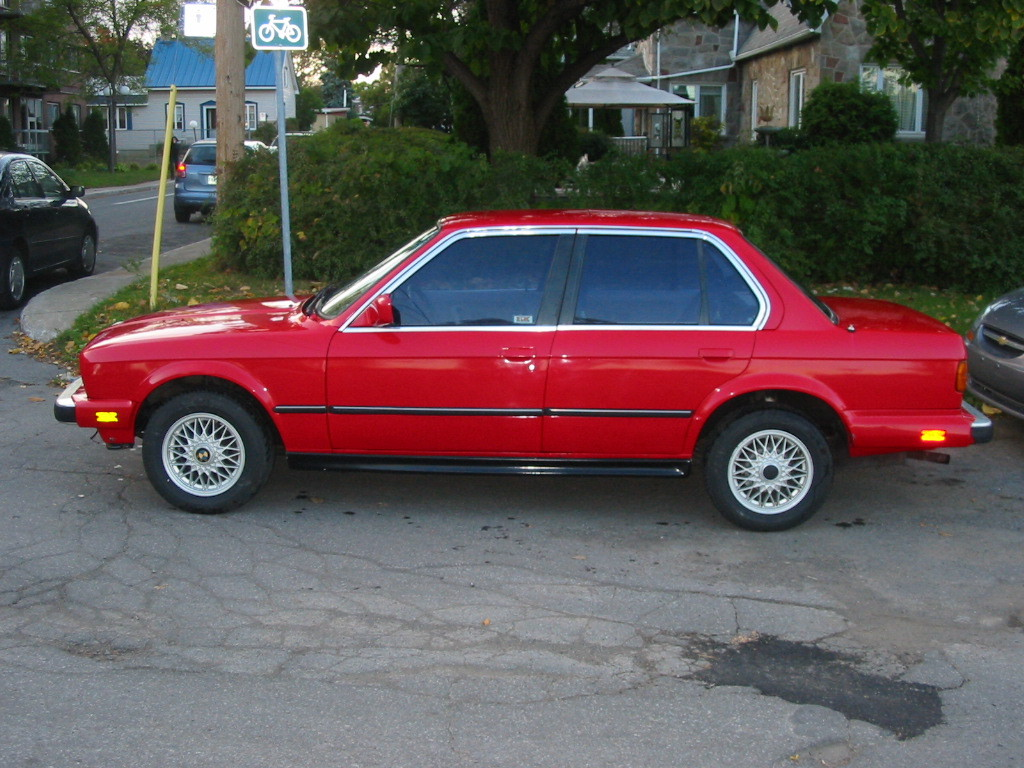 BMW 3 series 318i 1985 photo - 3