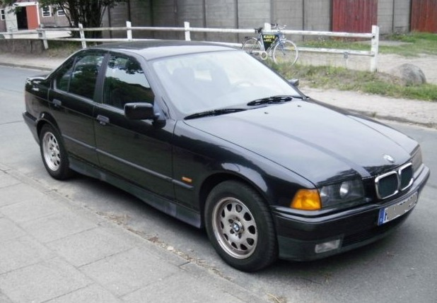 BMW 3 series 318i 1993 photo - 11