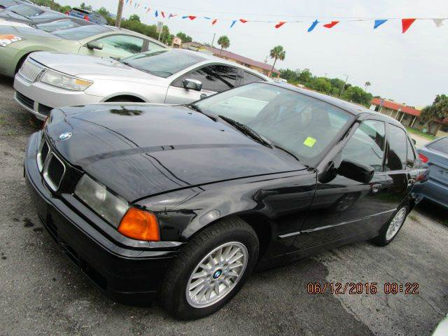 BMW 3 series 318i 1993 photo - 2