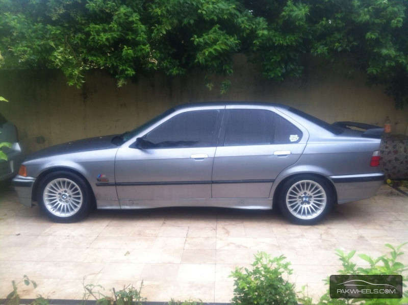 BMW 3 series 318i 1995 photo - 1