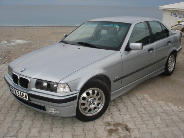 BMW 3 series 318i 1998 photo - 9