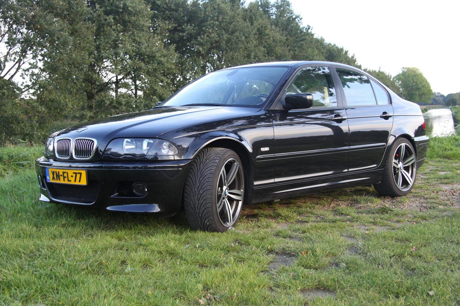 BMW 3 series 318i 2000 photo - 1