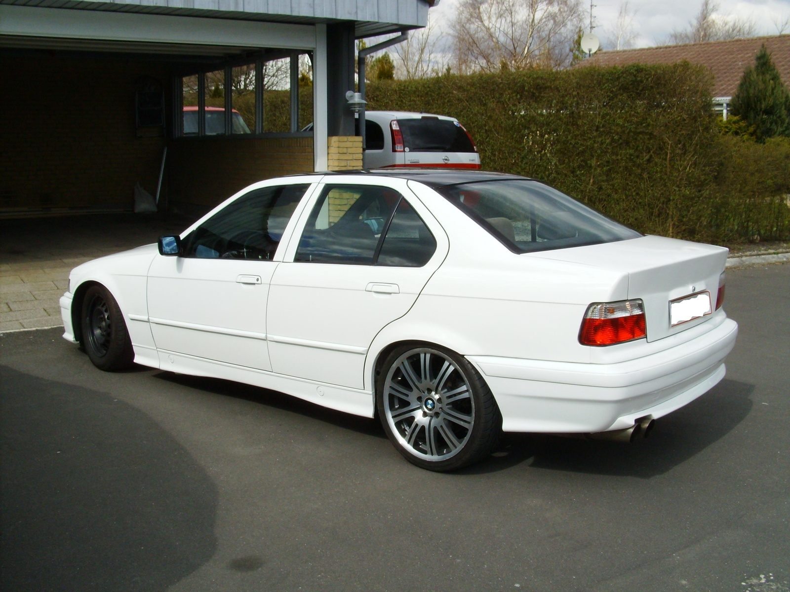 BMW 3 series 318is 1992 photo - 10