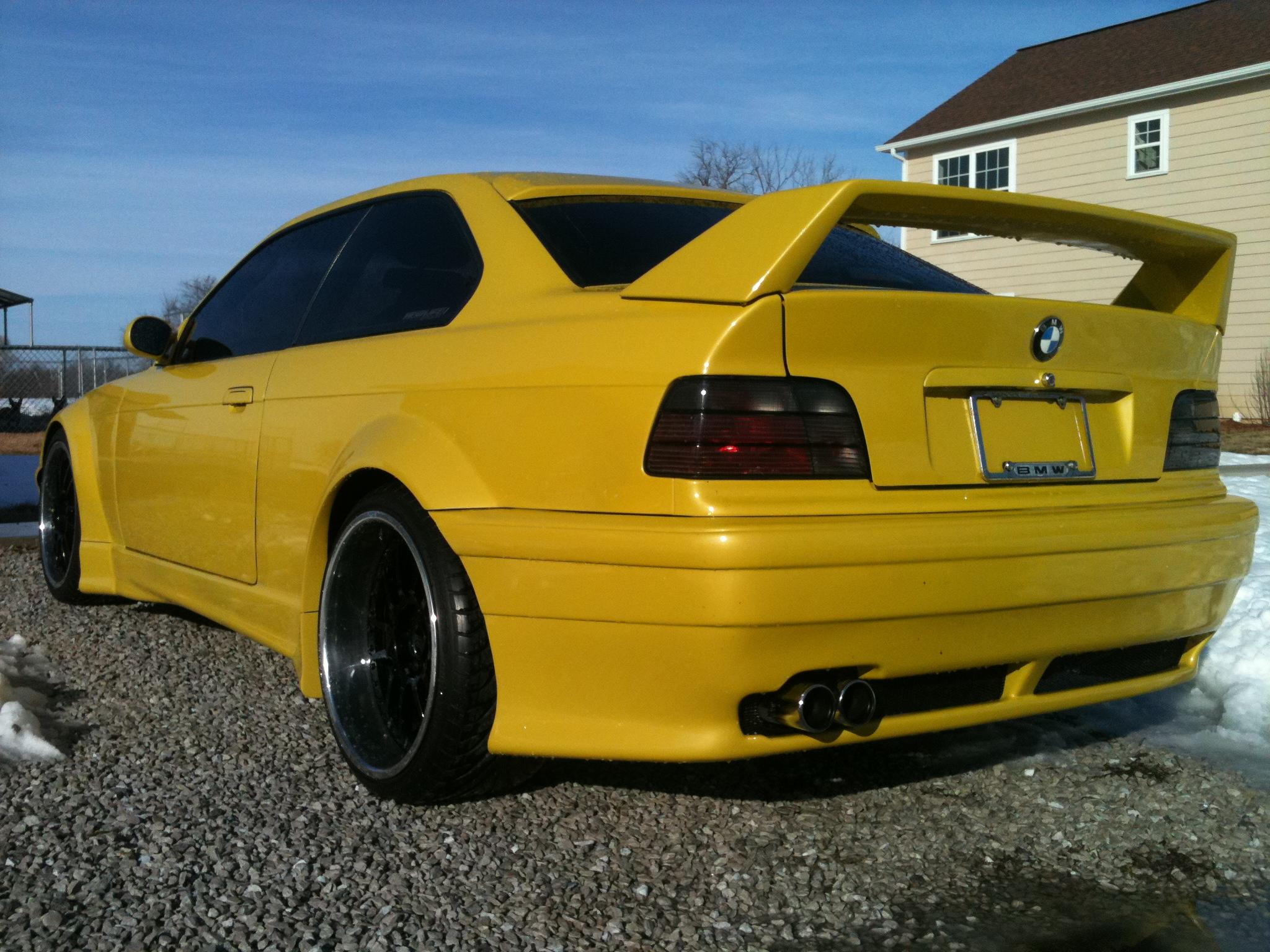 BMW 3 series 318is 1992 photo - 2