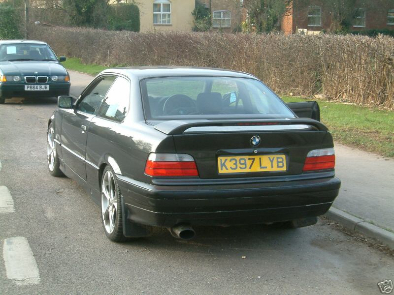 BMW 3 series 318is 1993 photo - 11