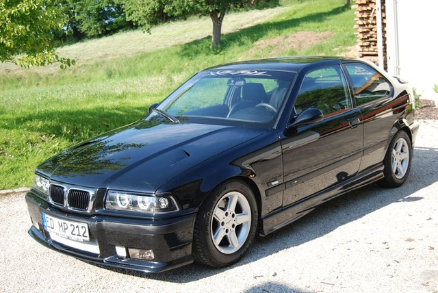 BMW 3 series 318is 1994 photo - 12
