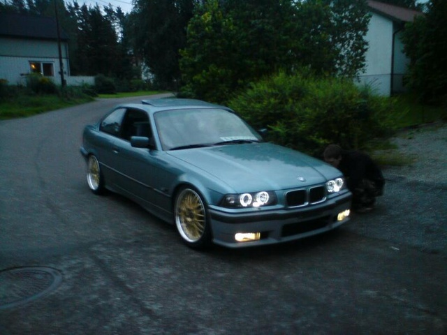 BMW 3 series 318is 1994 photo - 8
