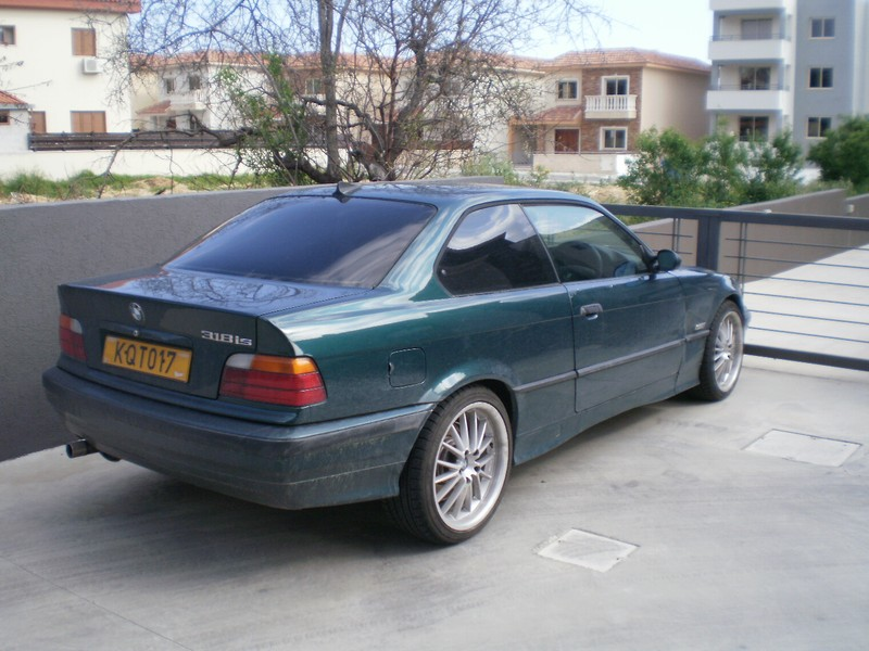 BMW 3 series 318is 1997 photo - 5