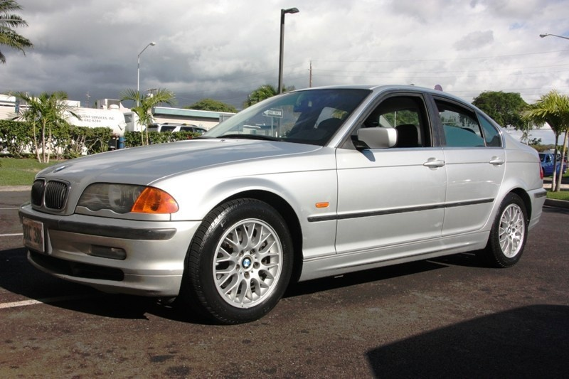 BMW 3 series 318is 2000 photo - 12
