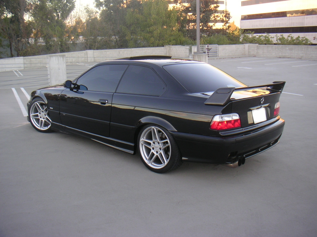 BMW 3 series 318is 2000 photo - 5