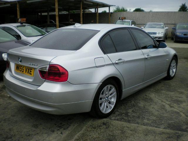 BMW 3 series 320d 2005 photo - 12