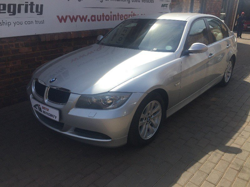 BMW 3 series 320d 2007 photo - 11