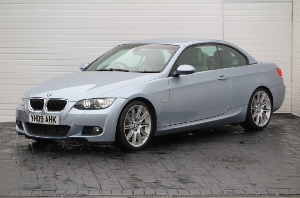 BMW 3 series 320d 2009 photo - 11