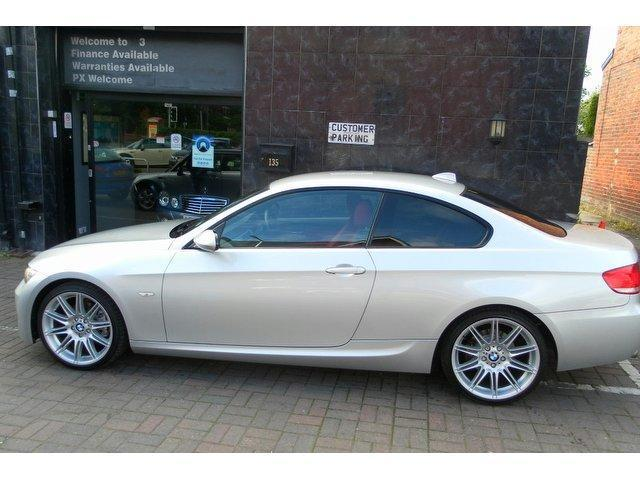 BMW 3 series 320d 2009 photo - 5