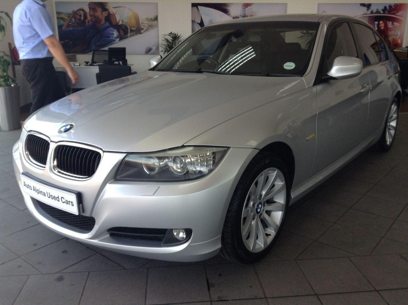 BMW 3 series 320d 2009 photo - 6