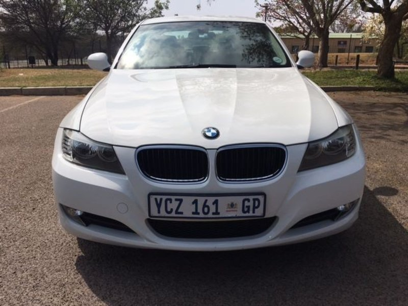 BMW 3 series 320d 2009 photo - 7