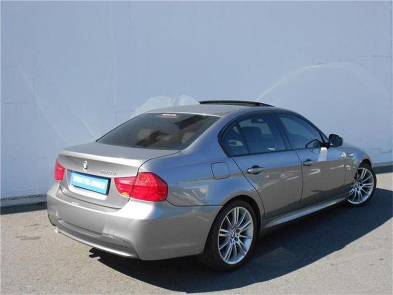 BMW 3 series 320d 2011 photo - 3