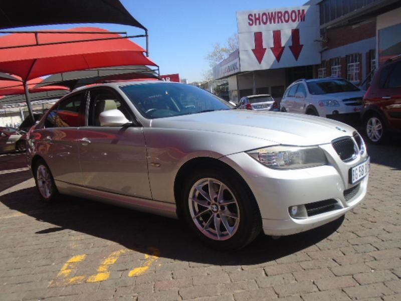 BMW 3 series 320d 2011 photo - 6