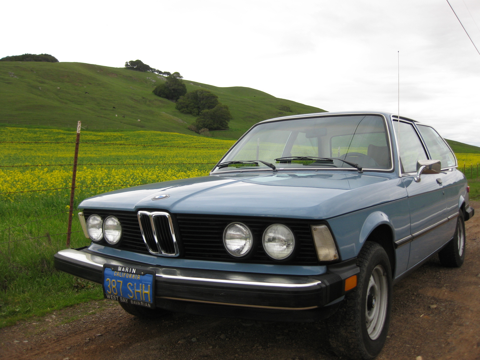 BMW 3 series 320i 1977 photo - 1