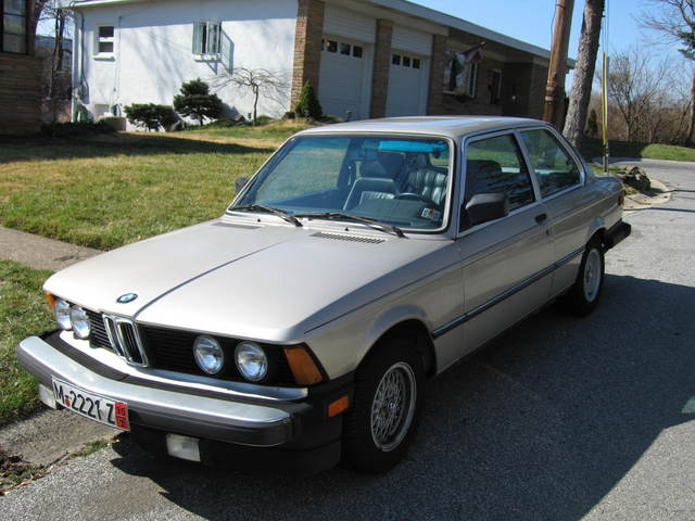BMW 3 series 320i 1983 photo - 2