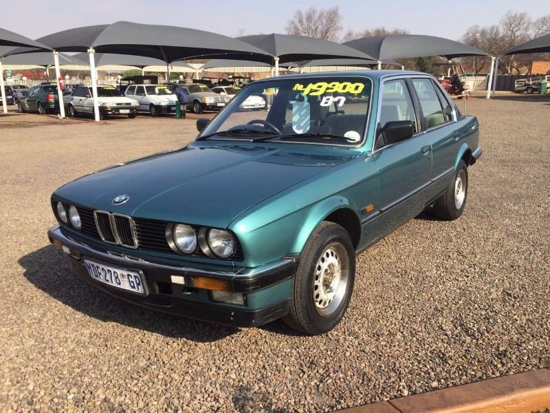 BMW 3 series 320i 1987 photo - 6