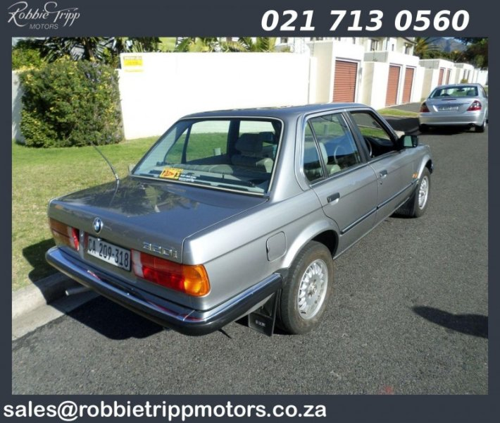 BMW 3 series 320i 1987 photo - 7