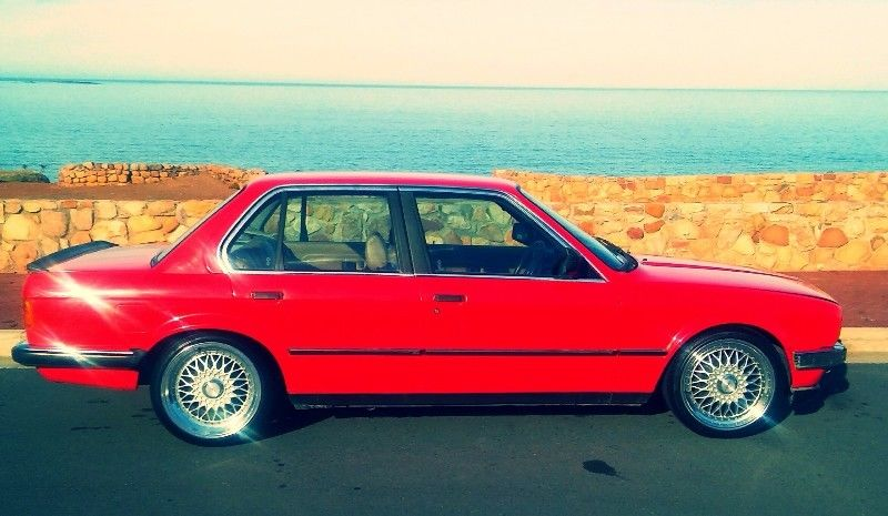 BMW 3 series 320i 1988 photo - 10