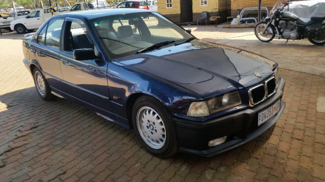 BMW 3 series 320i 1993 photo - 7