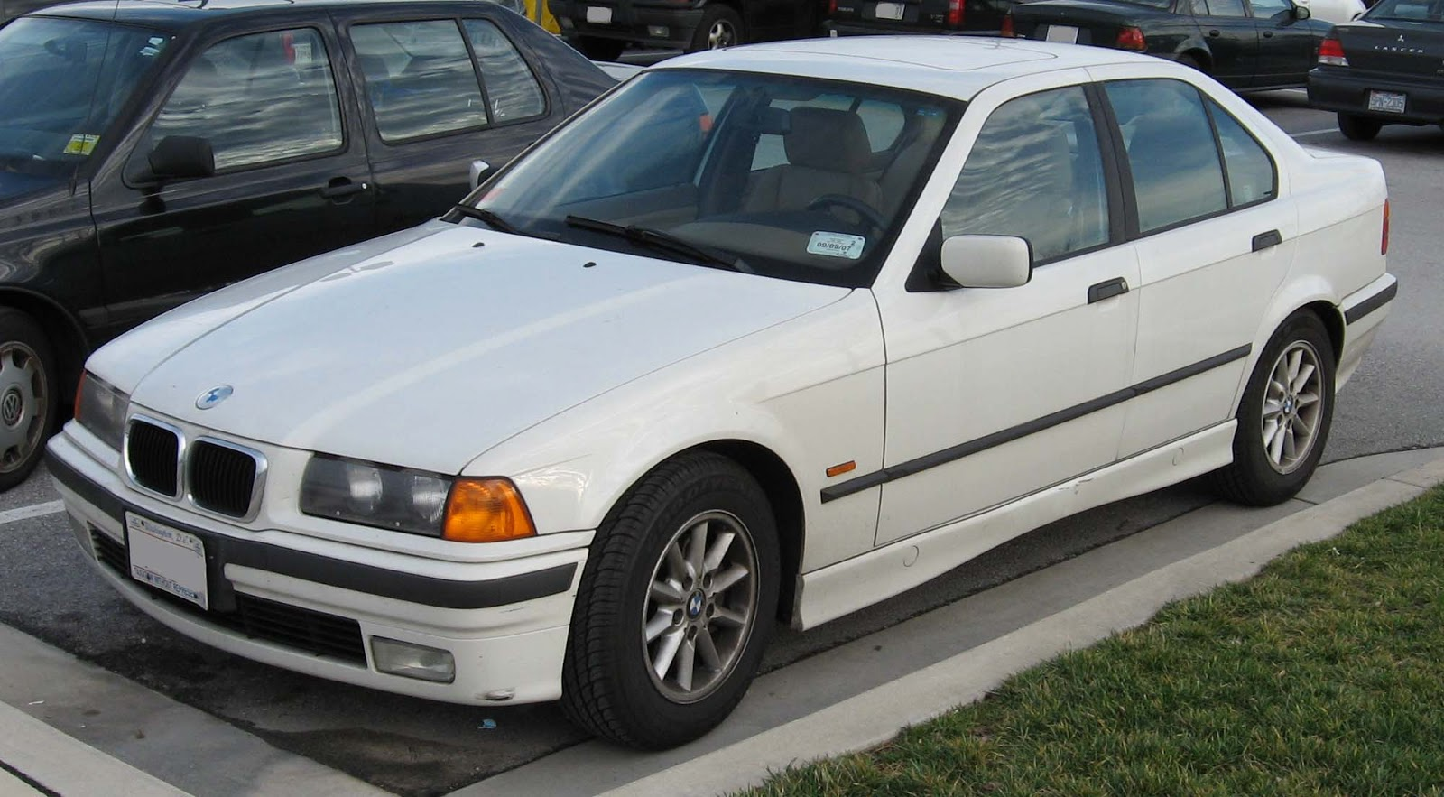BMW 3 series 320i 1994 photo - 3