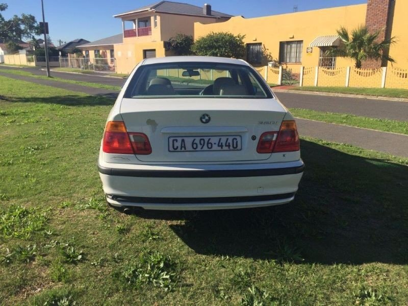 BMW 3 series 320i 2000 photo - 10