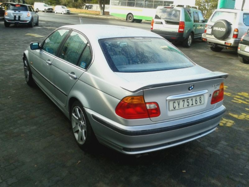 BMW 3 series 320i 2000 photo - 3
